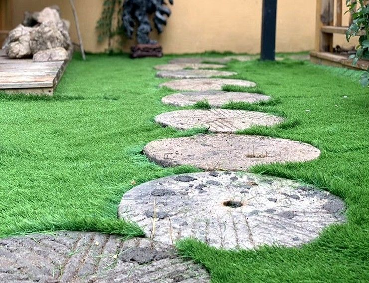 Plastic Greenfields  Patio And Artificial Grass Front Yard Comfortable